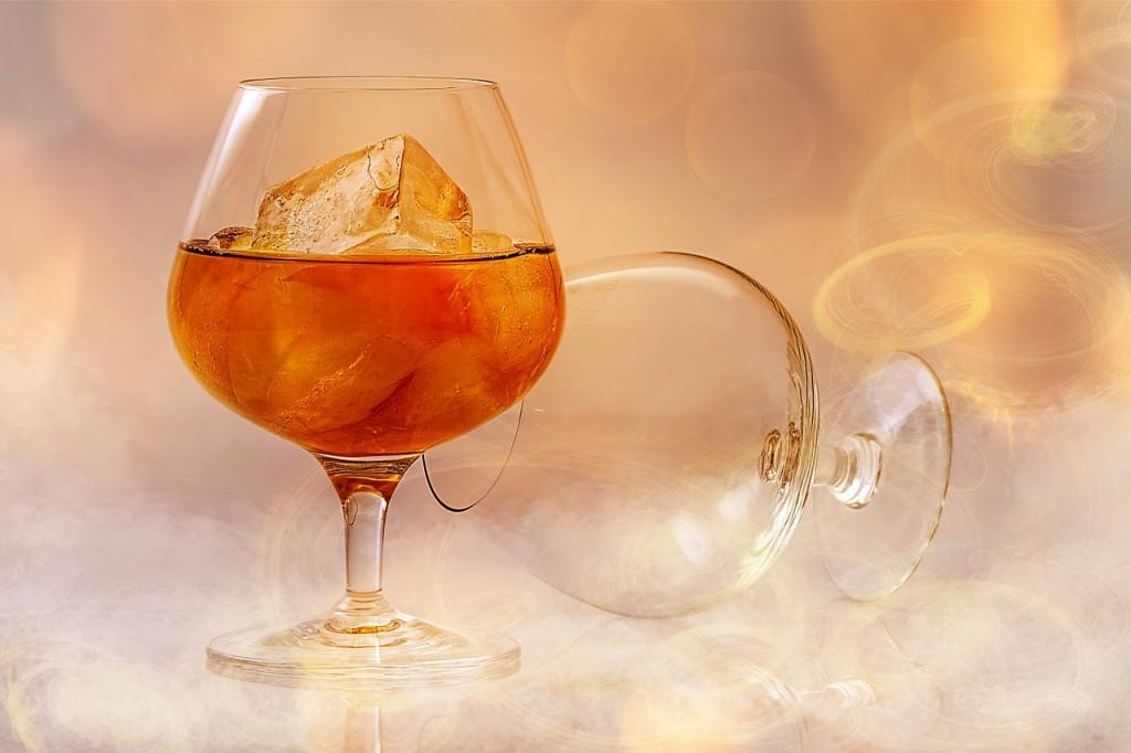 妊娠中にアルコールを飲んでしまった!誤って少量飲酒した際は慌てずに。